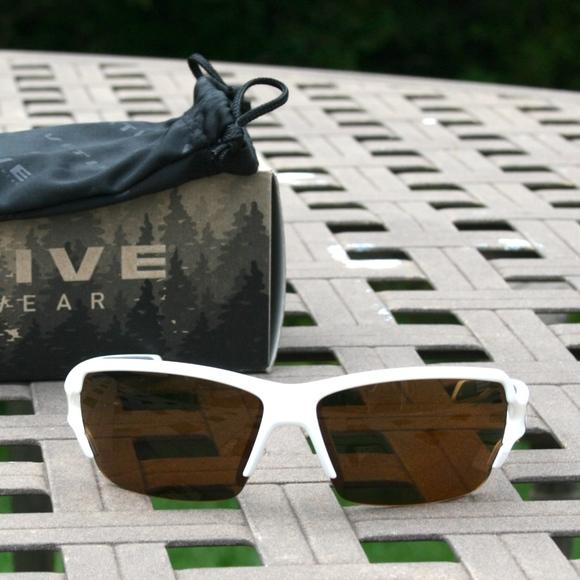 5dd1177293 NATIVE EYEWEAR BLANCA Polarized Sunglasses NWT